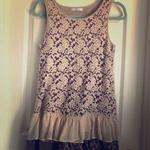 Vintage-esque mystree dress with lace details
